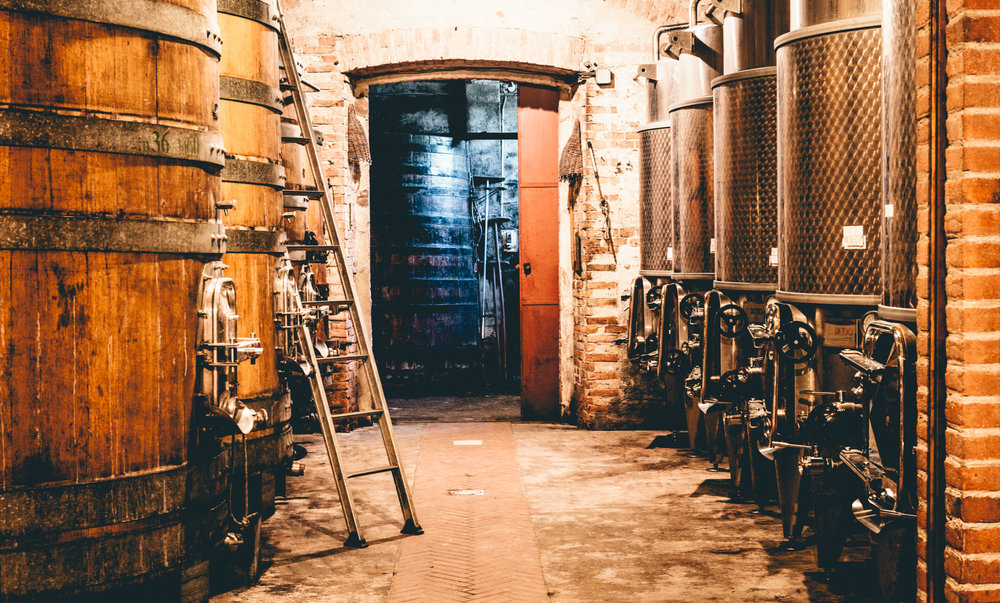Italy : Piedmont : In the cellar at Giuseppe Rinaldi