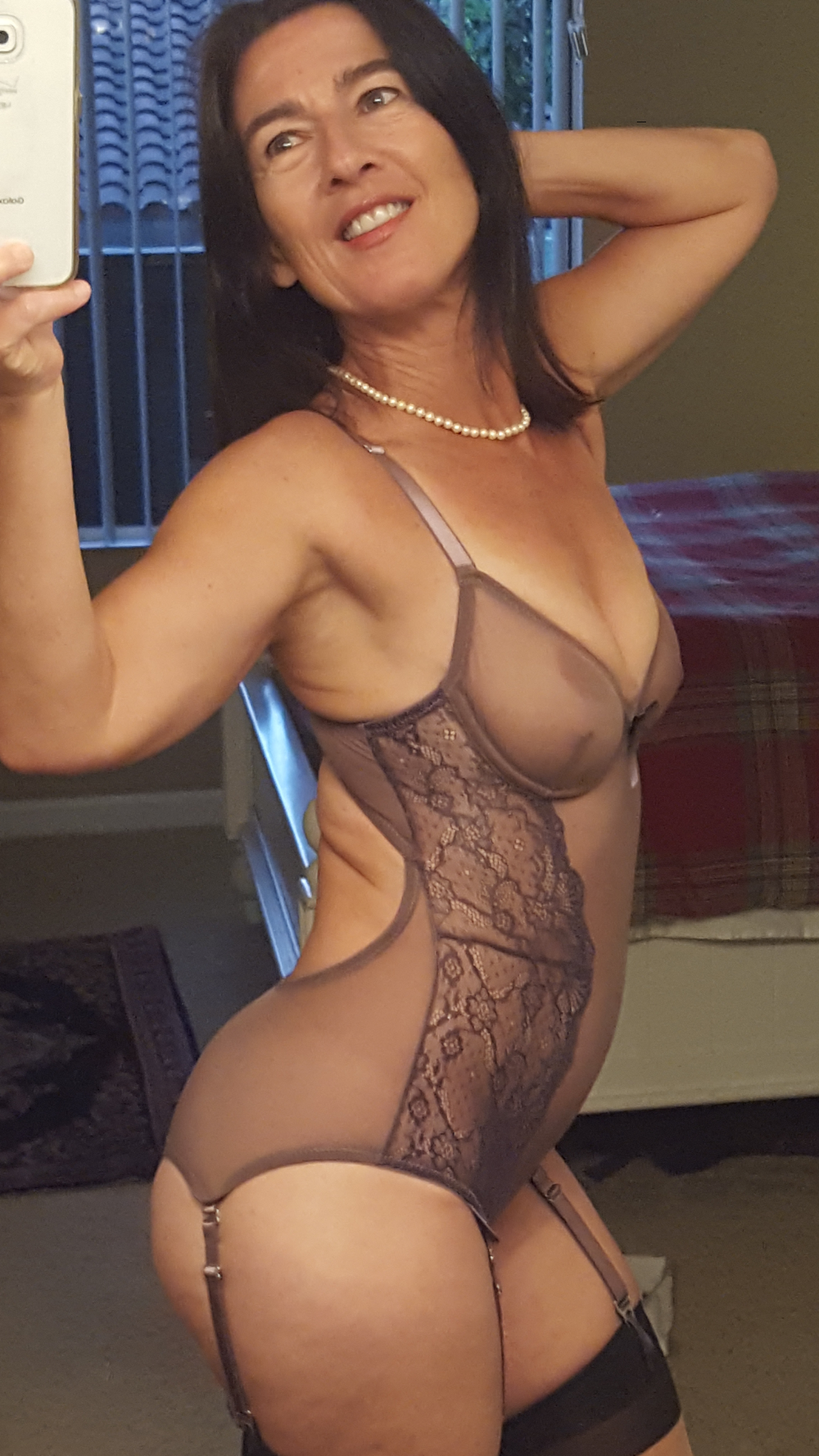 sexy garters.png