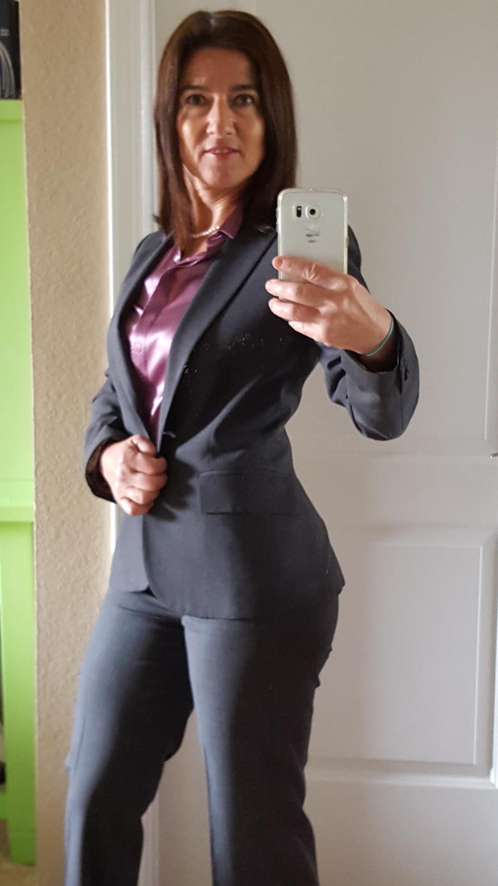 grey suit.png