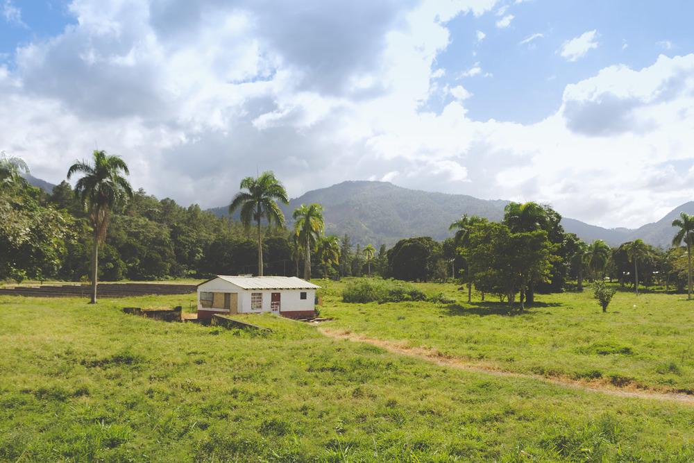 Christian-Schaffer-Dominican-Republic-Caribbean-Jarabacoa-003.jpg