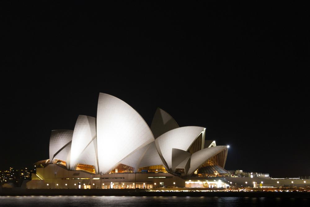 Christian-Schaffer-Australia-Sydney-Opera-House-Night.jpg