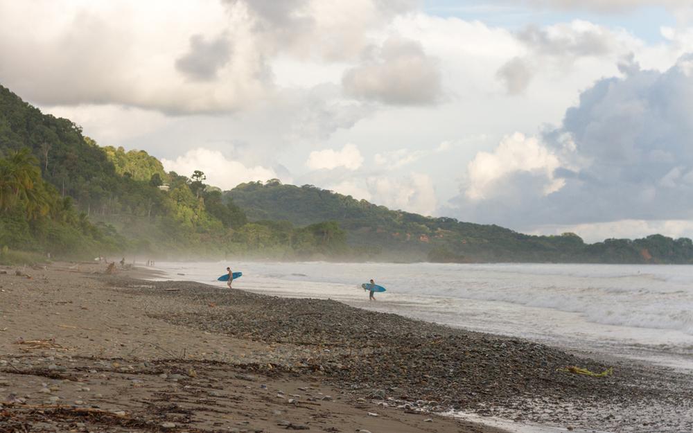 Christian-Schaffer-Costa-Rica-Dominical-Beach-Surf-004.jpg