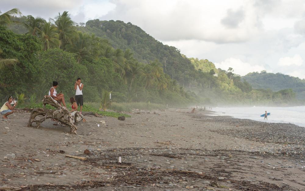 Christian-Schaffer-Costa-Rica-Dominical-Beach-Surf-003.jpg