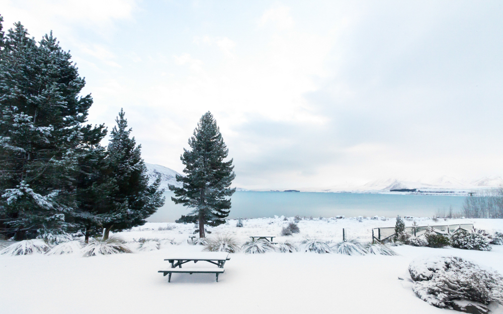 Christian-Schaffer-New-Zealand-Lake-Tekapo-Snow-Winter.jpg