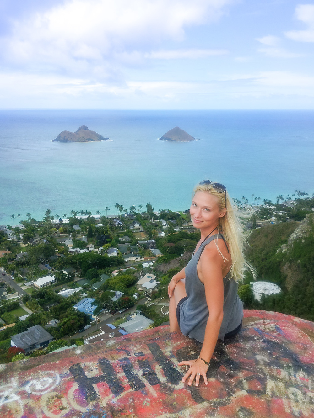 Christian-Schaffer-Hawaii-Beach-Lanikai-Pillbox-Hike.jpg