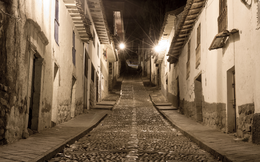 Christian-Schaffer-Peru-Cusco-Night-Street.jpg