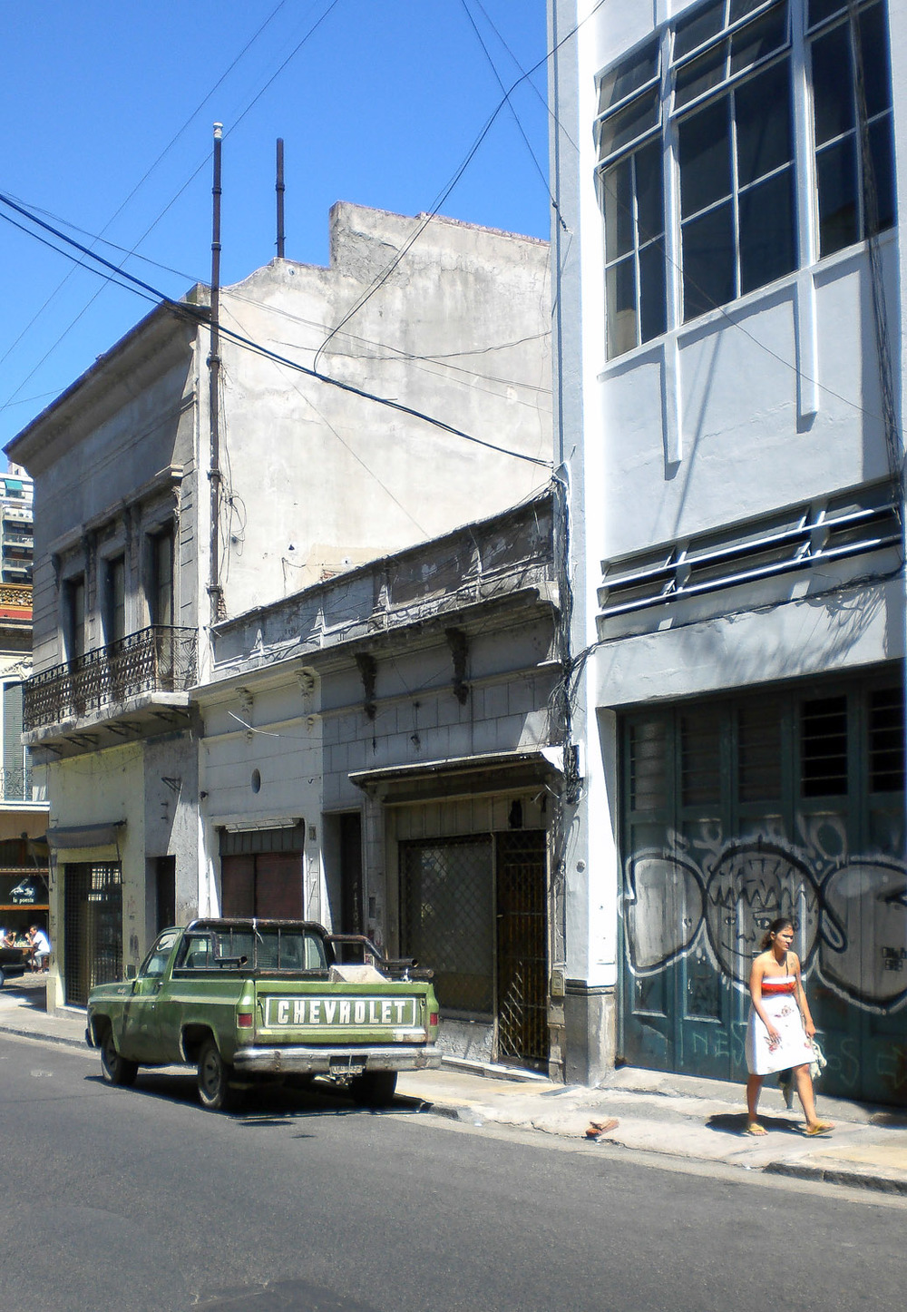 Christian-Schaffer-Argentina-Buenos-Aires-Street-002.jpg