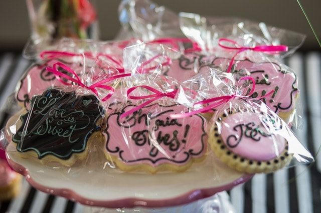 Wedding themed cookie image used by Sweet I Do's Wedding Day Management Specialist