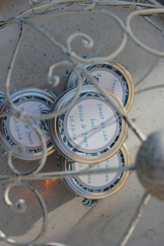 Custom jam wedding favors created by Sweet I Do's Wedding Day Management Specialist