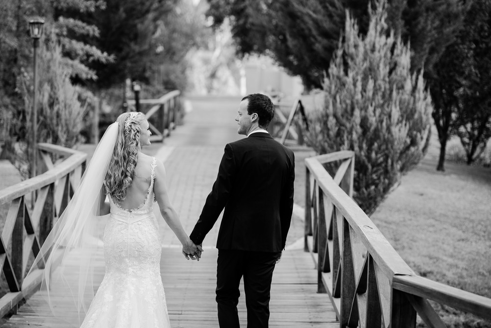 Perricoota Vines Wedding Photographer Echuca Moama Bridge