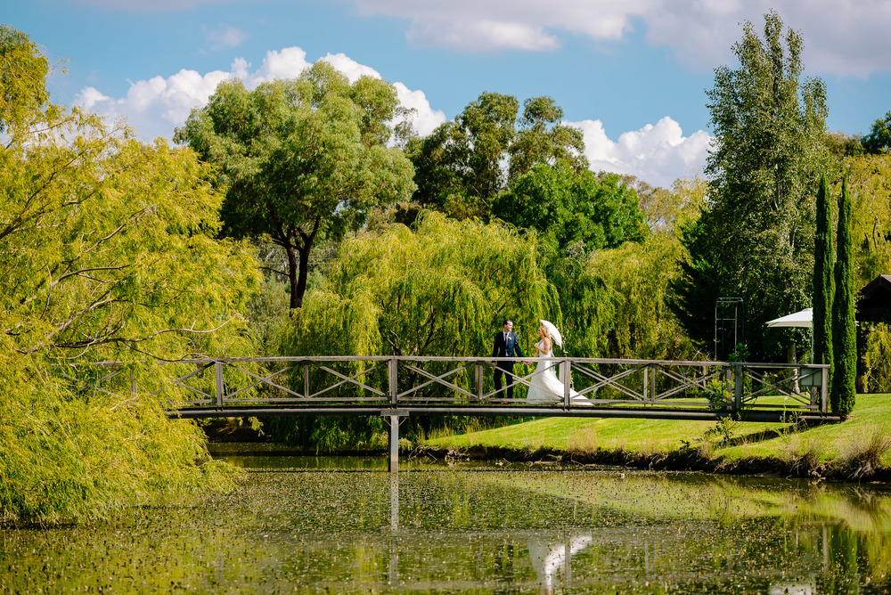 Perricoota Vines Wedding Photographer Echuca Moama Willow Tree Bridge