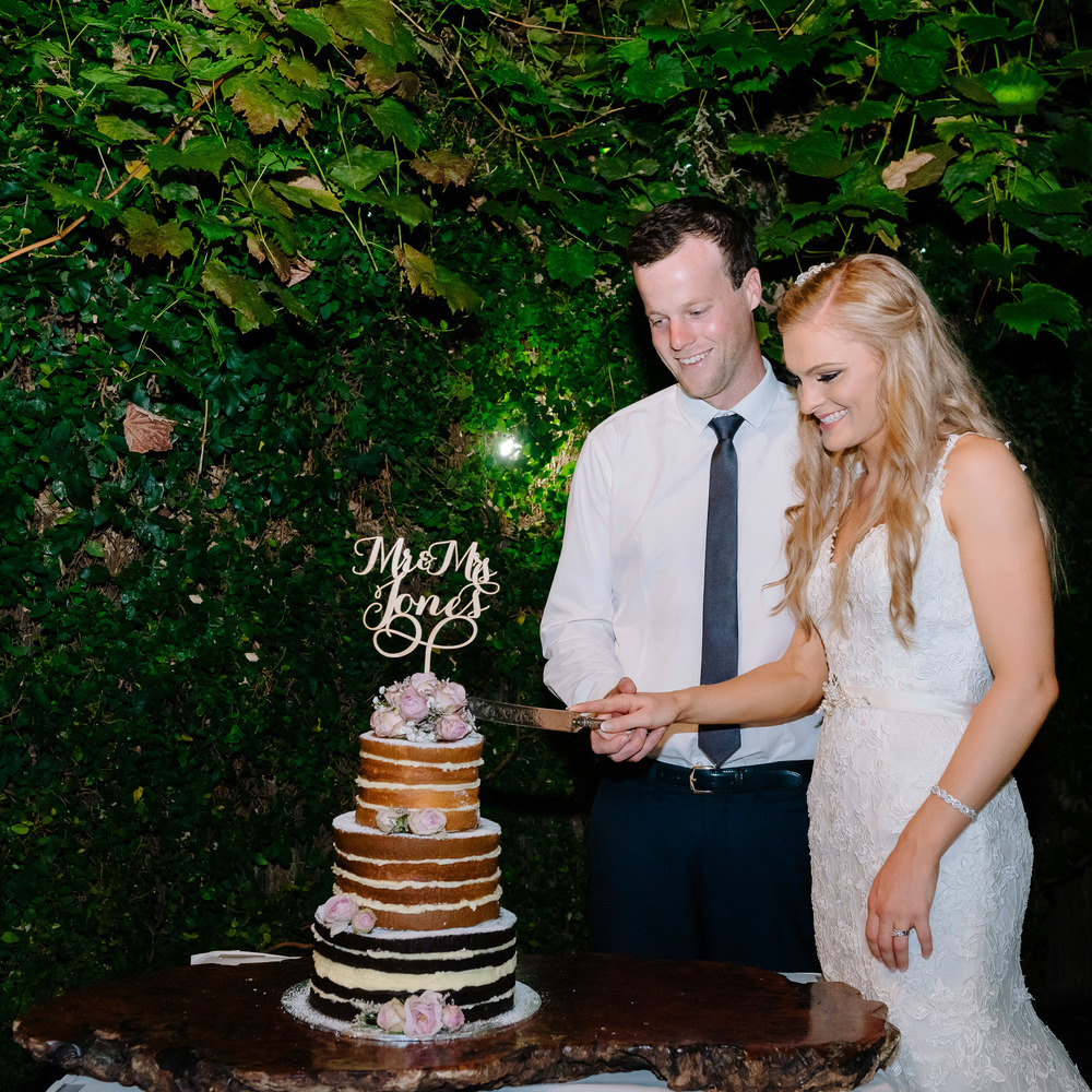 Radcliffes Wedding Cake Cutting - Wedding Photographer Echuca