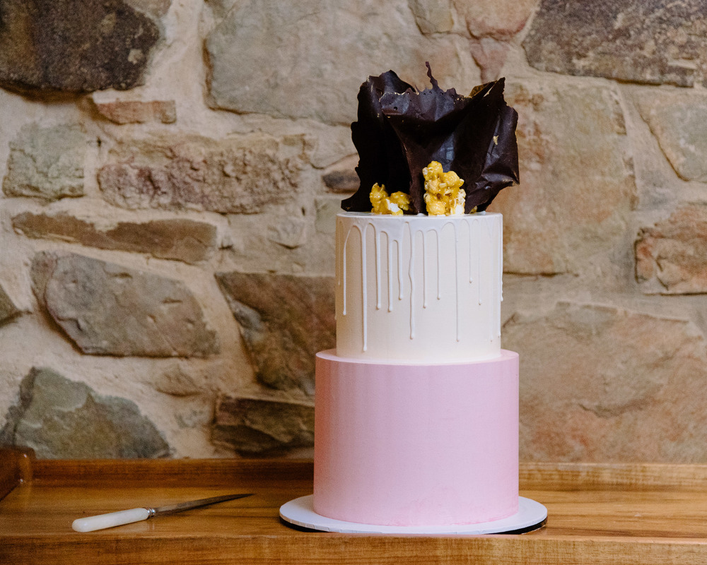 Sault Daylesford Wedding Photography Cake