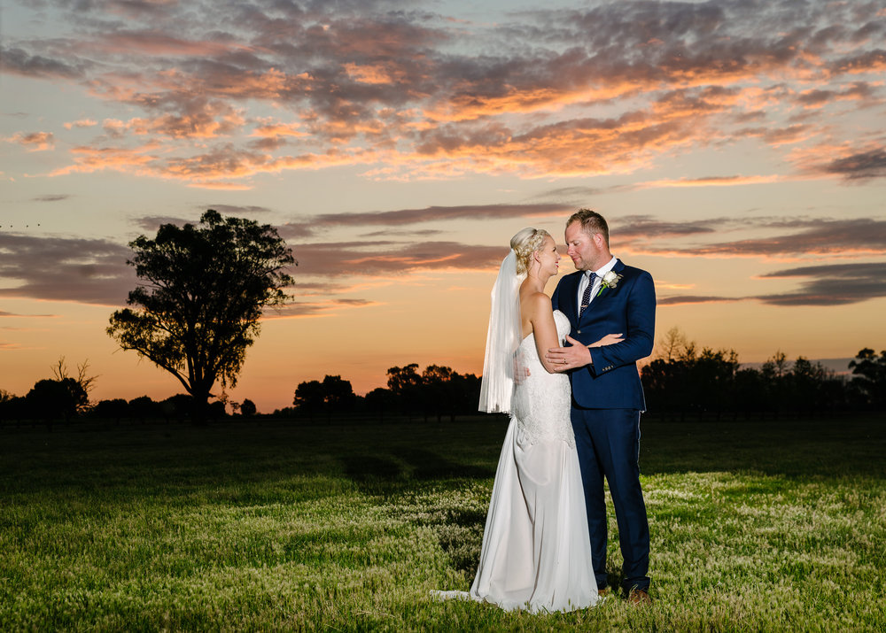 Justin_And_Jim_Photography_Byrchendale_Barn_Wedding81.JPG
