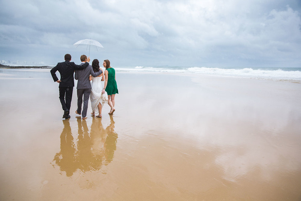 _1-All-the-love-in-the-world-sunshine-coast-wedding-photographer-mooloolaba-beach-rain6360.jpg