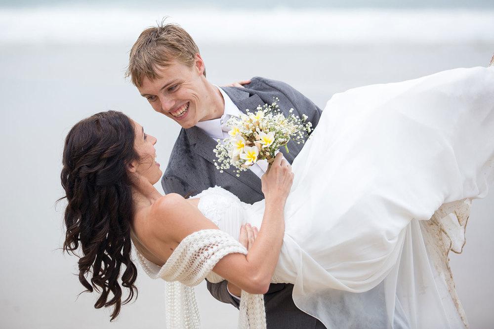 Mooloolaba Wedding - Award Winning Sunshine Coast Photographers