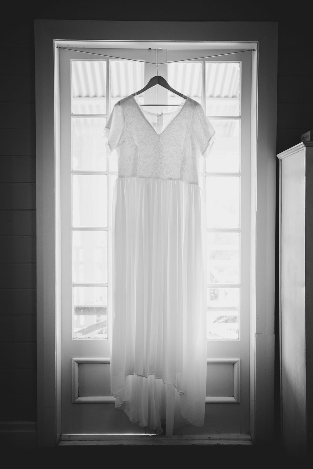 Queensland, Australian Wedding Dress - Noosa, Sunshine Coast Destination Wedding Photographer