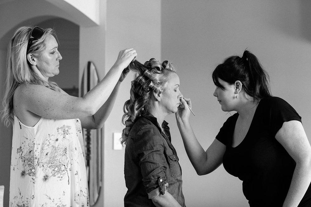 Getting Ready Wedding Photos, Noosa - Sunshine Coast, Queensland, Australian Photographer