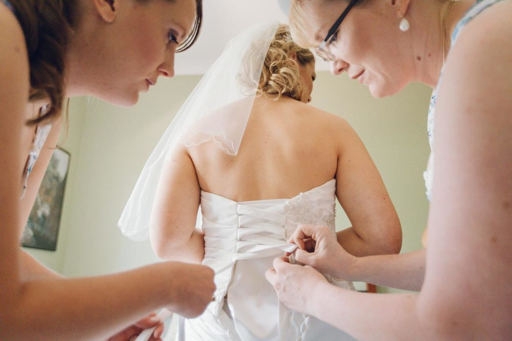 sunshine-coast-destination-wedding-photographers-mooloolaba-maroochydore-maleny-montville-flaxton-noosa-hinterland-caloundra-destination-elopement-photos-best-eco-friendly-0336.jpg
