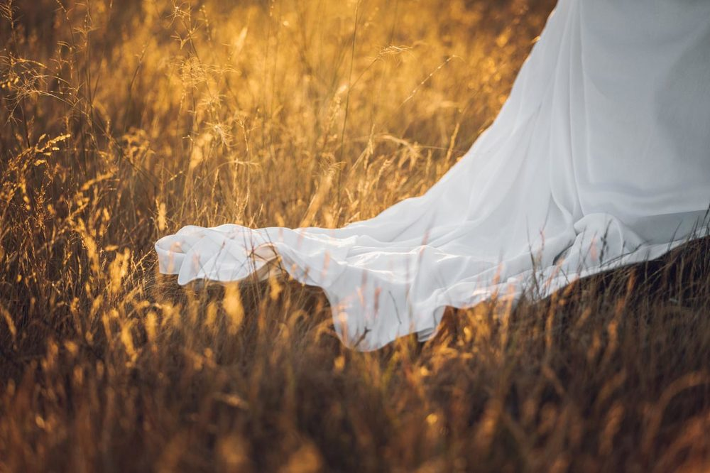 Beautiful Wedding Dress, Maleny, Queensland - Sunshine Coast Hinterland, Australian Photographer