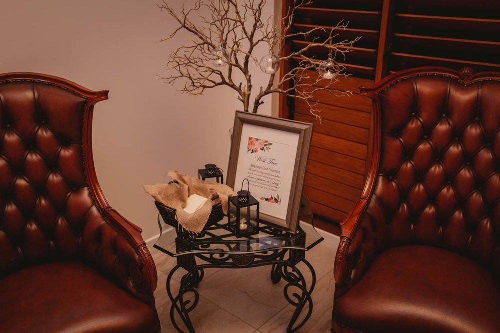 Luxury Noosa, Sunshine Coast Pre Destination Wedding Elopement Photos - Gold, Queensland Blog Photographer