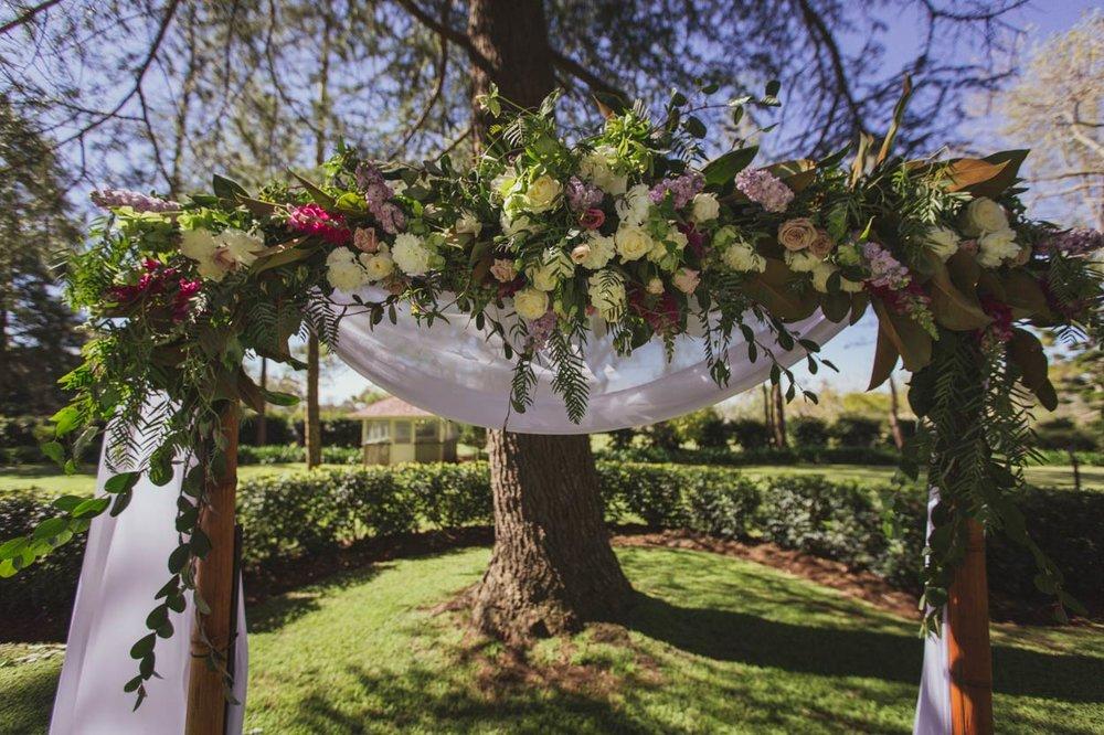 Best Gabbinbar Wedding Arbour, Toowoomba Portraits - Brisbane, Sunshine Coast, Australian Destination