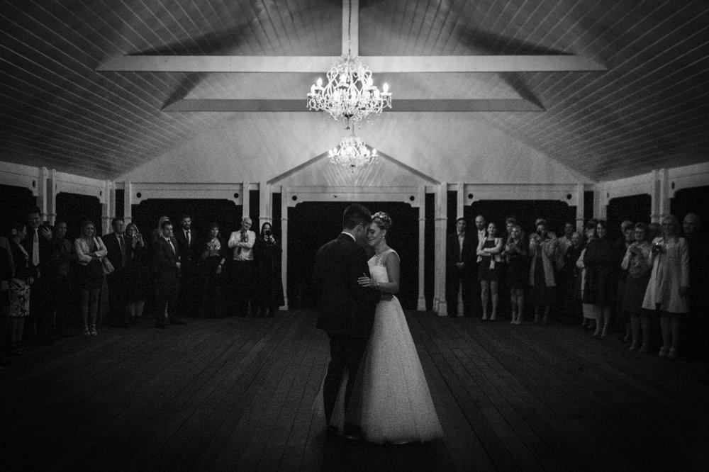 World's Best Gabbinbar Wedding Photographer, Australian - Brisbane, Sunshine Coast, Australian