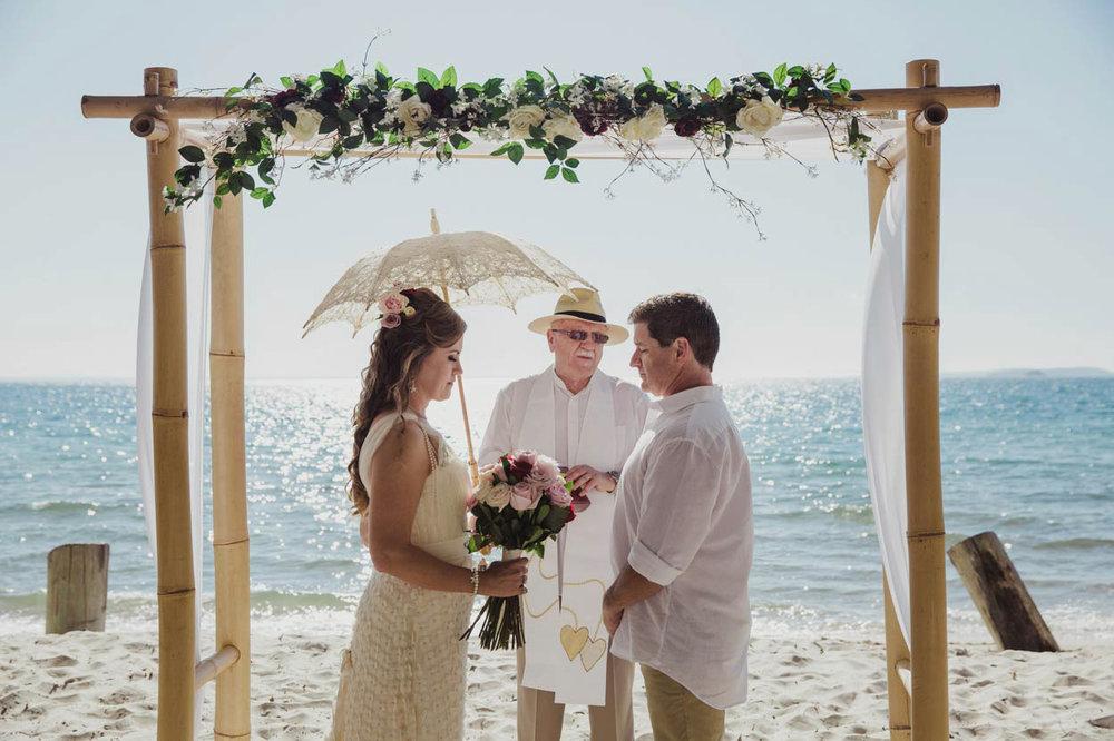 sunshine-coast-destination-wedding-photographers-brisbane-queensland-australian-maleny-montville-flaxton-noosa-hinterland-byron-bay-gold-caloundra-international-american-elopement-best-eco-top-37.jpg