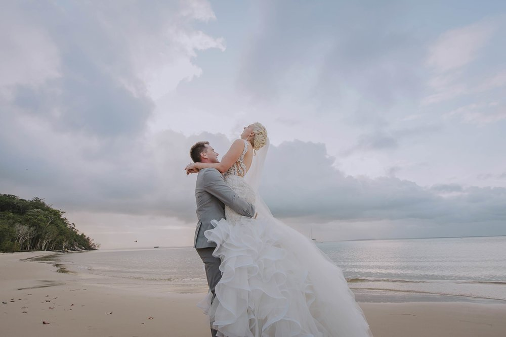Top Noosa Heads Destination Wedding Photographers - Best Sunshine Coast, Queensland, Australian Blog