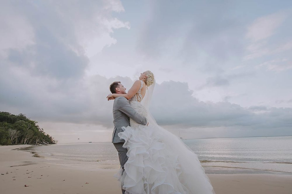 Magic Noosa Destination Wedding Photographer Dress Photos - Brisbane, Sunshine Coast, Australian