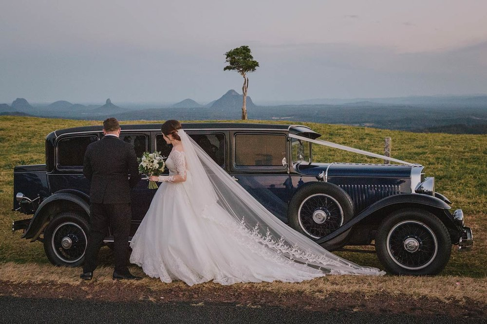 One Tree Hill, Maleny, Sunshine Coast Wedding - Best Queensland, Australian Destination Blog Photographer Photos