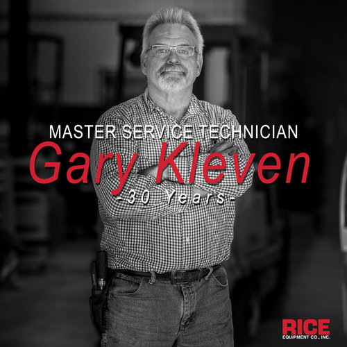 Master+Service+Technician+Training+Loading+Dock+Equipment+and+Doors+Repair+Installation+near+St+Louis+MO+Rice+Equipment.jpg