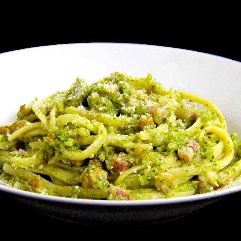 Broccoli, Nuts & Pancetta Linguine