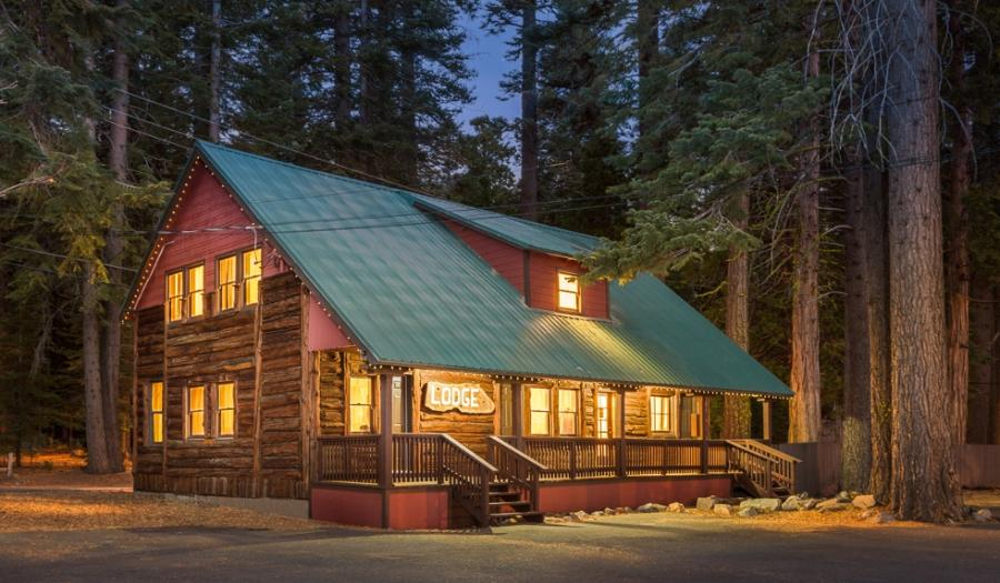 Lodge_Exterior_Cropped-900x525.jpg