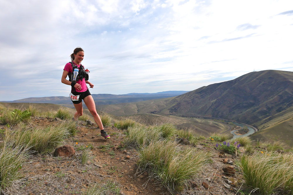 Cruising the Yakima Skyline Rim 25K (Photo:  Glenn Tachiyama )