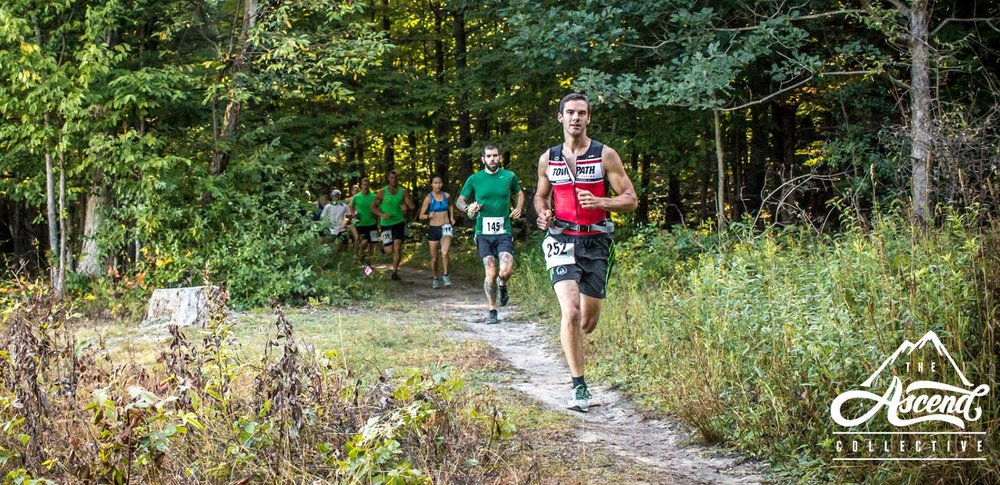 Phil leading at the start of the Dam Good Trail Run in Letchworth State Park. (Photo: Ascend Collective; Michael Lesher)