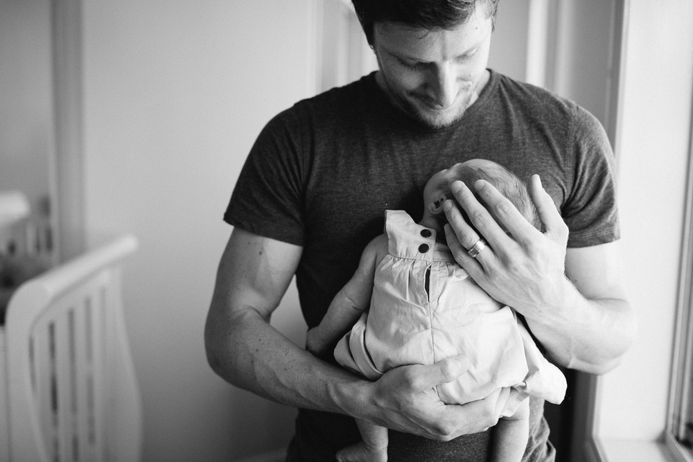 Documentary lifestyle newborn photographer-9.jpg
