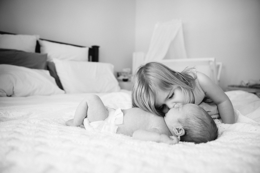 Documentary lifestyle newborn photographer-41.jpg
