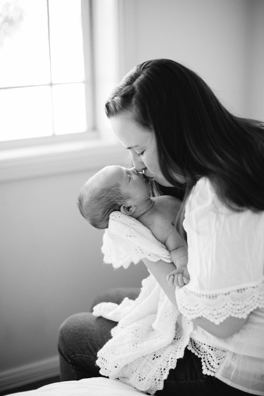 Documentary lifestyle newborn photographer-57.jpg