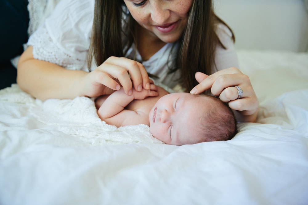 Documentary lifestyle newborn photographer-67.jpg