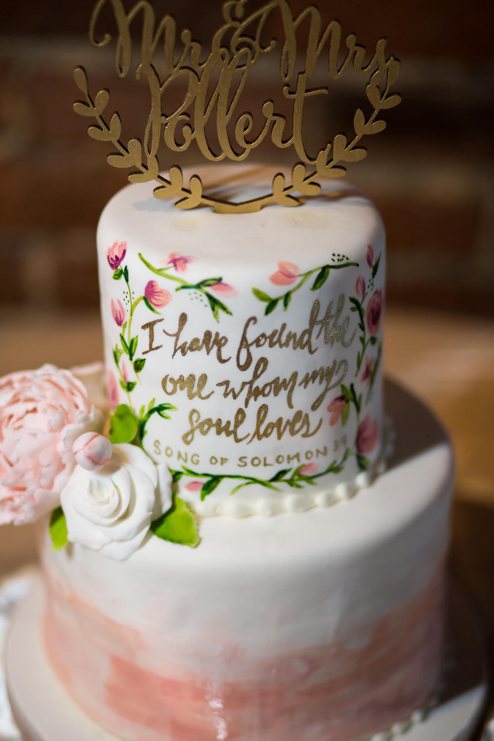 Song of Solomon displayed so beautifully on their wedding cake by  Nashville Sweets.