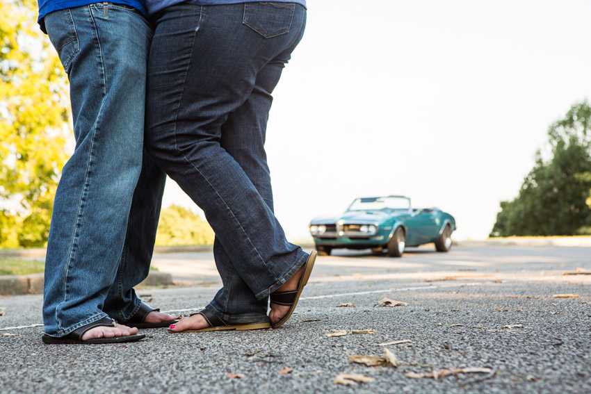Vintage Firebird on Natchez Trace for couples images