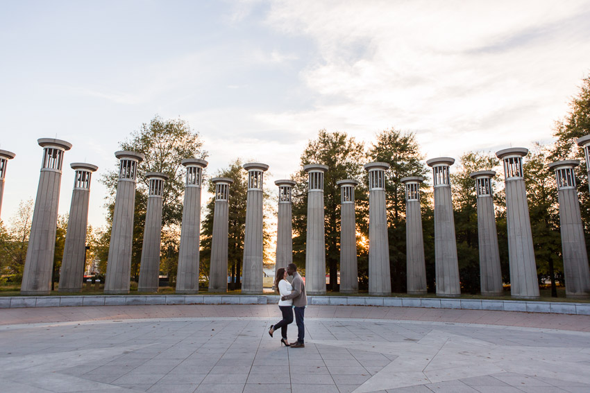 We started the photos at Bicentennial Park just as the golden rays of sunshine landed in just the right spot.