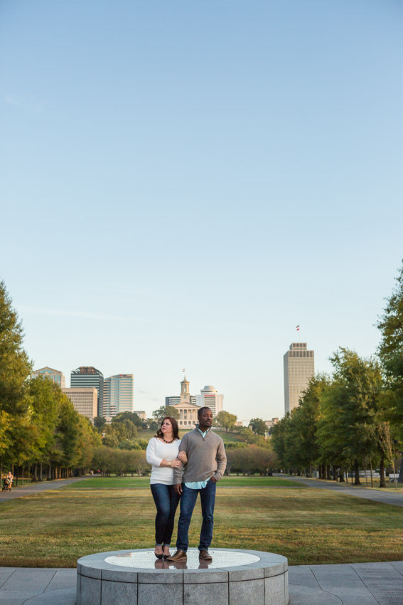 A park, A city, A couple in love...perfect!