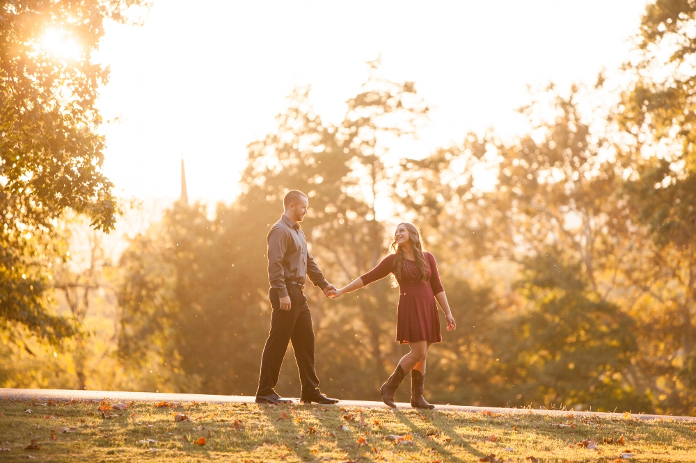 fall-engagement-image-franklin-wedding-photographer.jpg