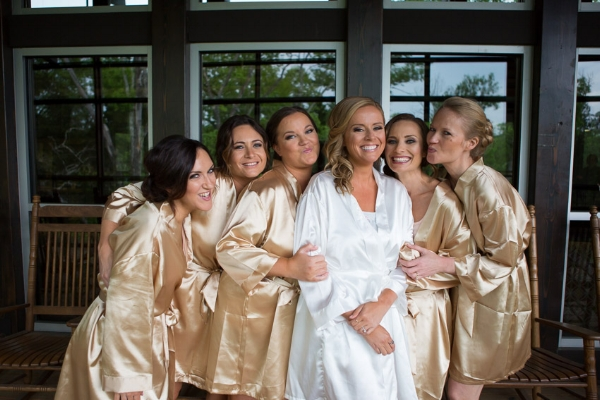 Nelson-Andrews-leadership-lodge-bride-and-bridesmaids-matching-robes.jpg