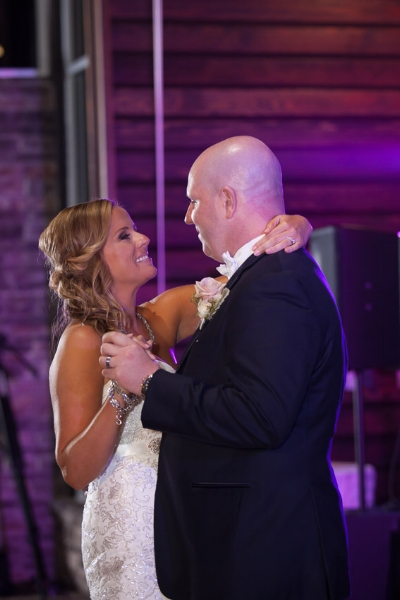 Nelson-Andrews-Leadership-Lodge-first-dance-at-the-lodge-in-nashville-tennessee.jpg