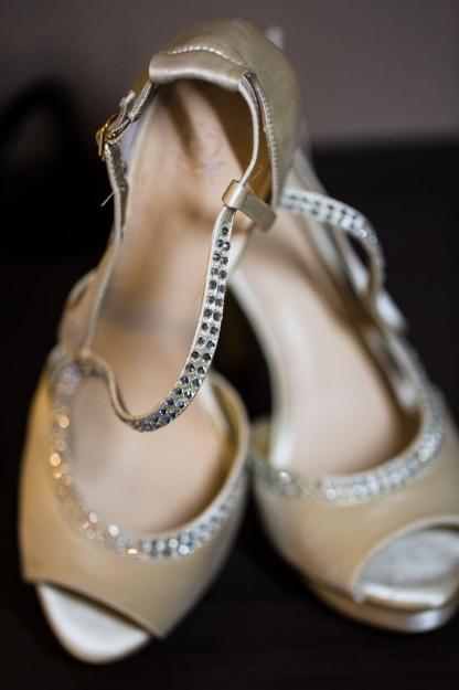 brides-wedding-shoes.jpg