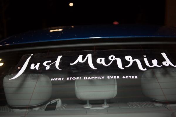 Just-married-car-decal.jpg