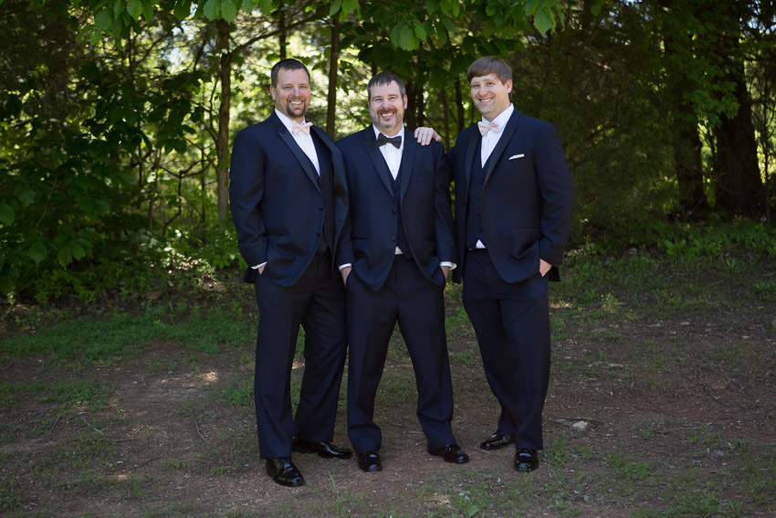 groom-and-groomsmen-loveless-cafe-wedding.jpg